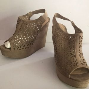 Chinese Laundry suede laser cut platform wedge